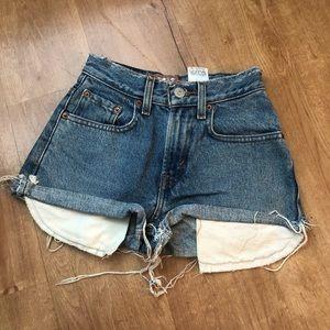 Vintage Levi 569 Cutoff Denim Shorts